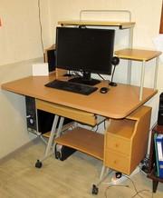 Компьютерный стол недорого. Бук. Продажа в связи с переездом.