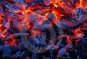 Древесный уголь для шашлыка.