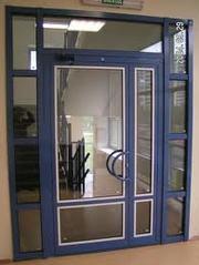 Алюминиевые двери и перегородки