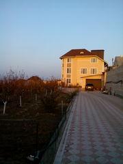 продам 3-х этажный дом в Варваровке